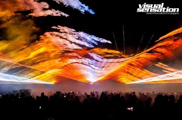 Pokazy laserowe przestrzenne